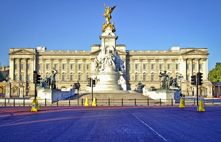 Buckingham Palace. Visiting Buckingham Palace  10 Top Rated Things to See   Do