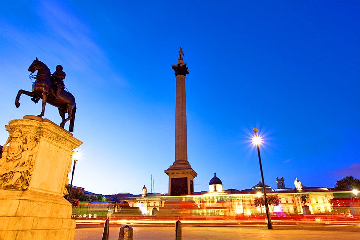 Trafalgar Square, London: 15 Nearby Attractions, Tours