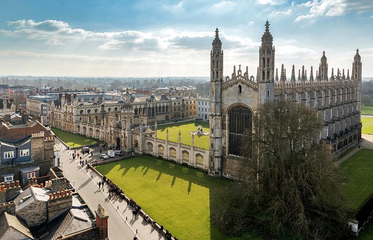 The University Towns of Cambridge & Oxford