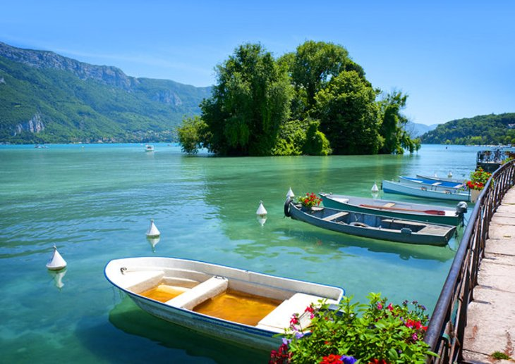 24 Hours in Annecy | A Glass Of Ice |Annecy France Attractions