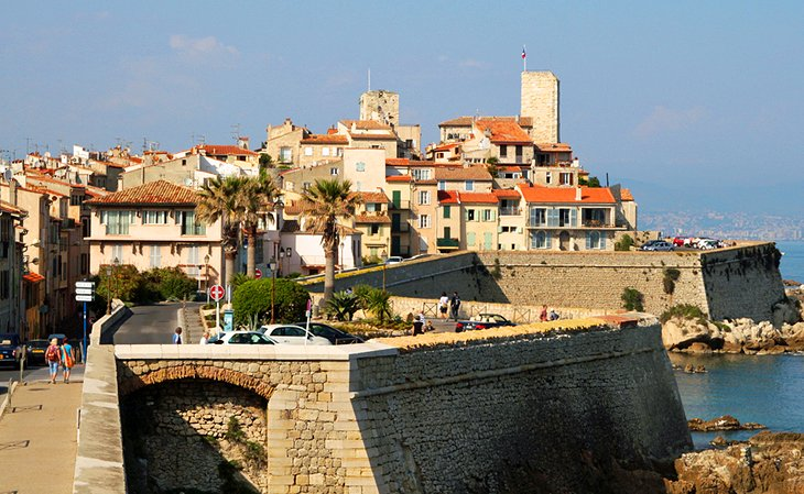 14 Top Attractions in Antibes-Juan-les-Pins & Easy Day Trips ...