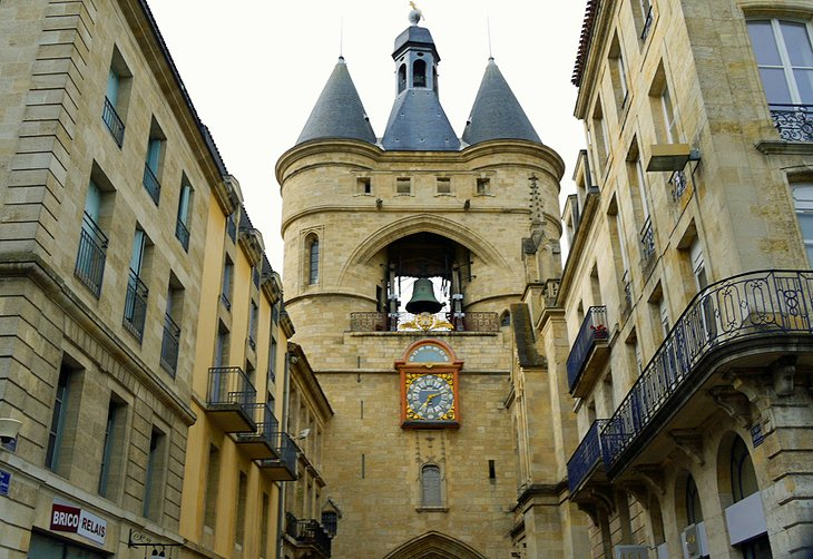 14 top tourist attractions in bordeaux easy day trips for Appartement bordeaux grosse cloche