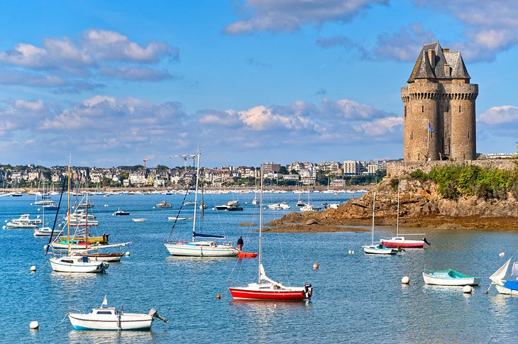 25 top rated attractions places to visit in brittany planetware. Black Bedroom Furniture Sets. Home Design Ideas