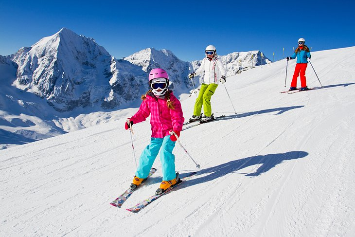 Family skiing in Chamonix