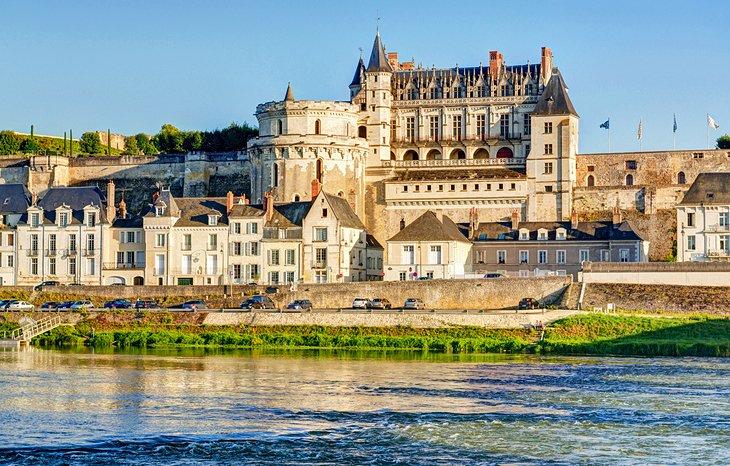 MEUNG DATING pe Loire Lyon Dating Woman.