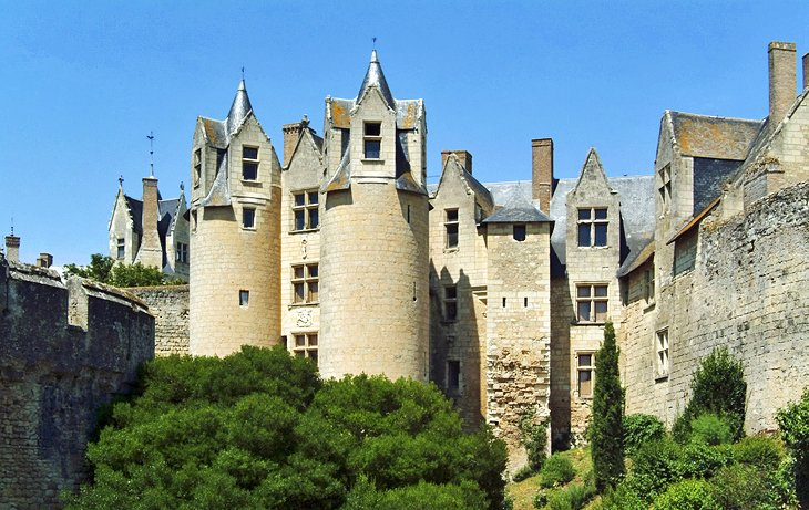 tourist attractions loire valley chateaux lova