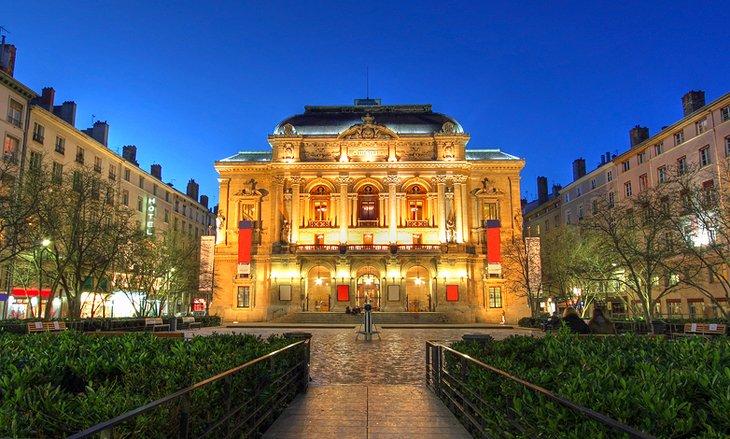 Hotel Lion D Or Paris