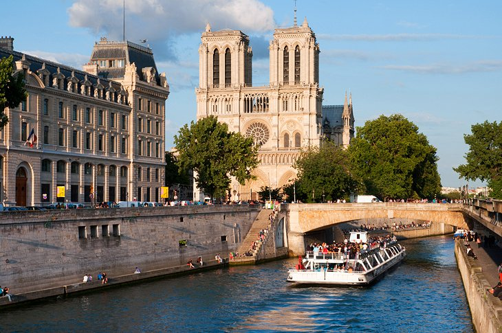 Best Views of Notre-Dame Cathedral