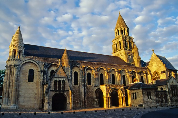 Poitiers Churches: Saint-Hilaire-le-Grand & Sainte-Radegonde