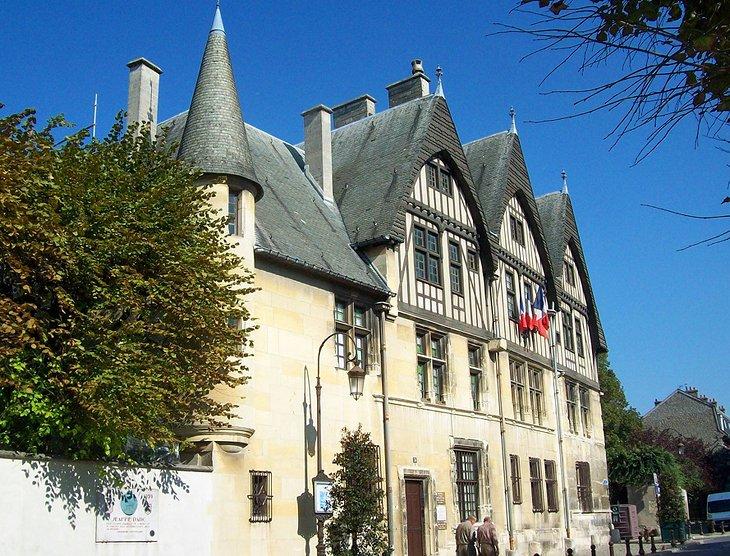 Musée Hôtel Le Vergeur - музеи Реймса