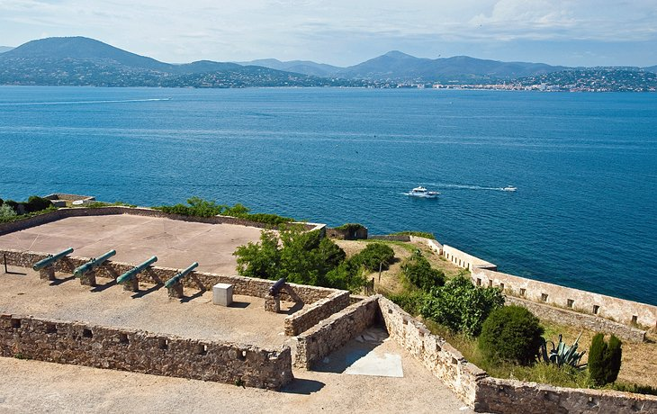 8 Top Tourist Attractions in SaintTropez Easy Day Trips PlanetWare
