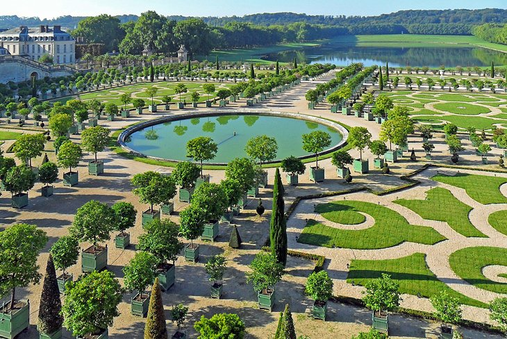 Visiting the chateau de versailles 10 top attractions for Garden design versailles