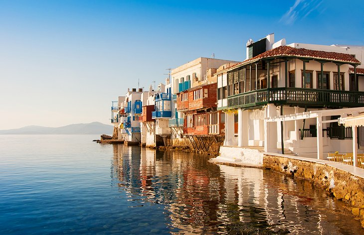 جزیره پر جنب و جوش Mykonos