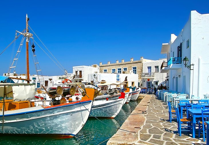 Paros Island: Gorgeous Scenery and Charming Villages