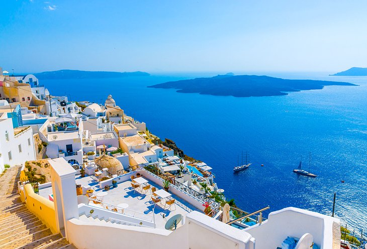 10 TopRated Tourist Attractions on Santorini PlanetWare