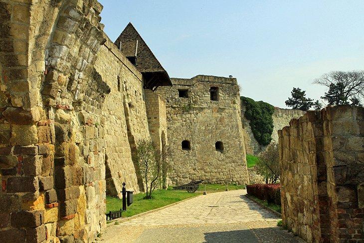 قلعه اهر