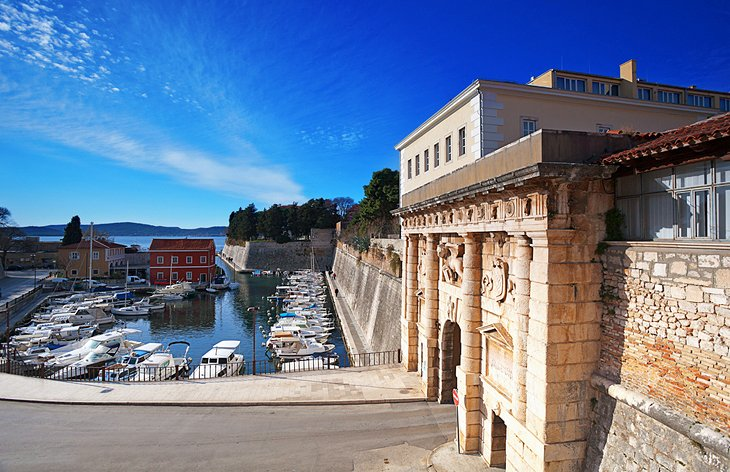 12 Top Tourist Attractions in Zadar & Easy Day Trips ...