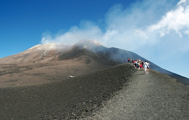 mount etna in italy essay Most people don't bother with this chaotic city in the shadow of mount etna, sicily's diamond in the scruff, where grit and splendor go hand in hand that's their loss.