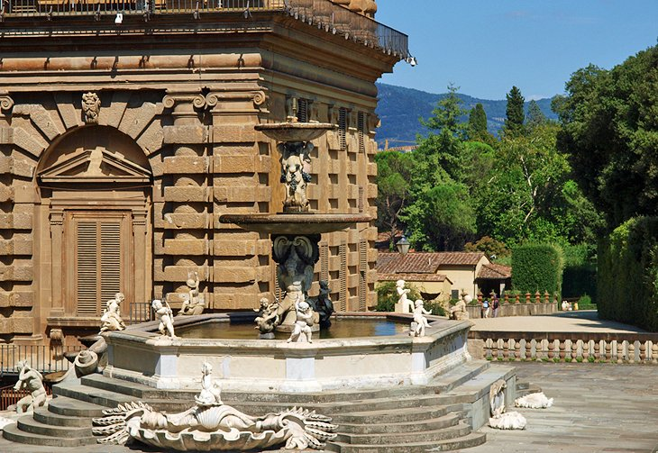 best palaces in florence italy