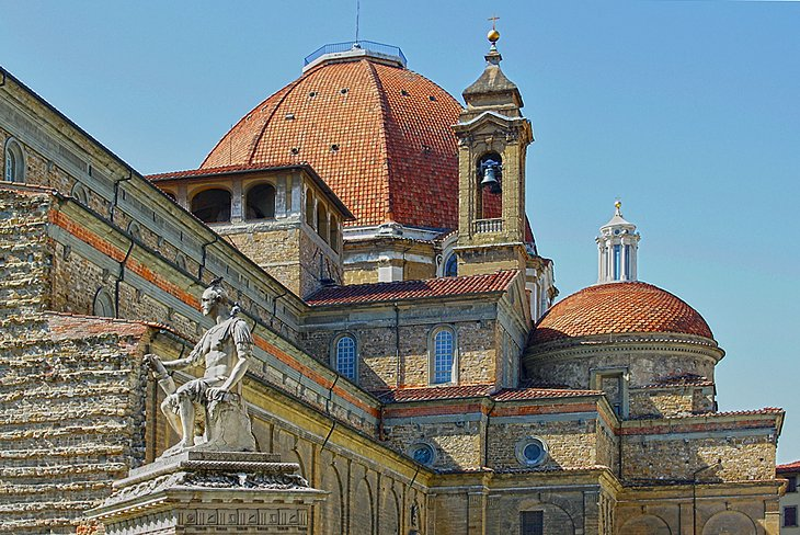 San Lorenzo and Michelangelo's Medici Tombs