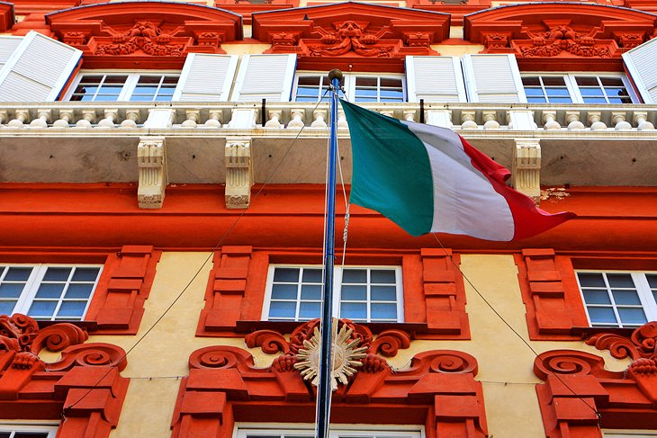 12 Top Tourist Attractions in Genoa & Easy Day Trips