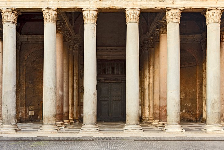 Visiting the Pantheon in Rome: Highlights, Tips & Tours ...