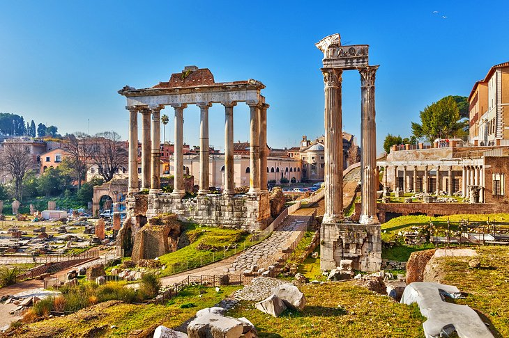 Visiting the Roman Forum: 8 Highlights, Tips & Tours | PlanetWare