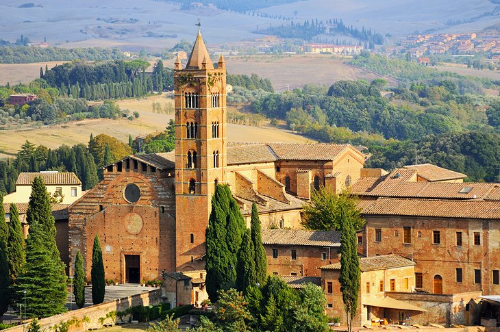 12 TopRated Tourist Attractions in Siena PlanetWare