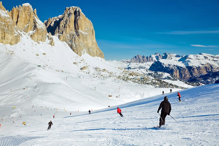 Skiers at Val di Fasso