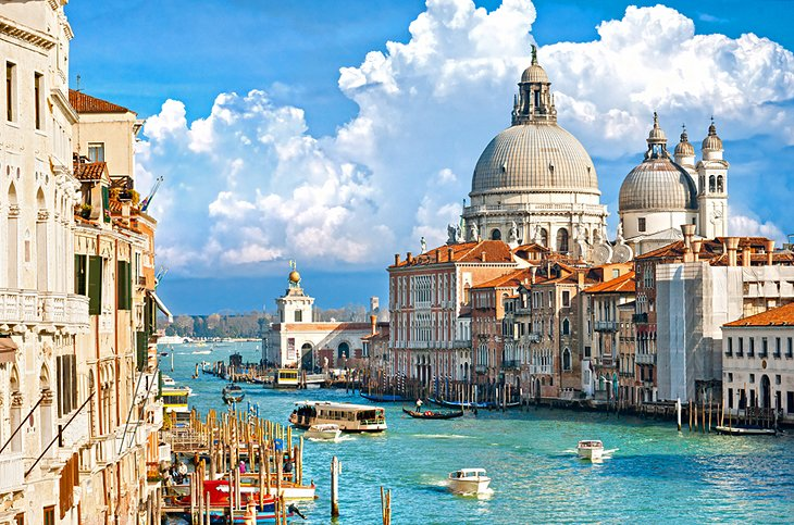 Exploring the Top Attractions along the Grand Canal in Venice – Venice Italy Tourist Map