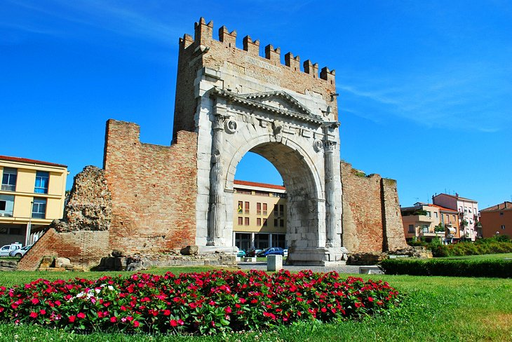 Arco d'Augusto (Arch of Augustus)