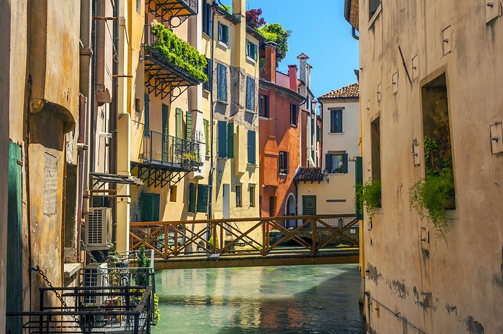 8 Top Tourist Attractions in Treviso & Easy Day Trips | PlanetWare