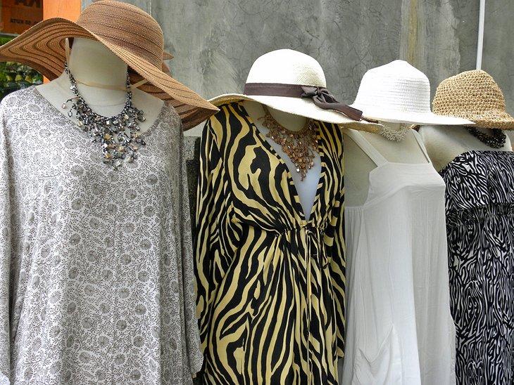 التسوق في سيمينياك، بالي،  إندونيسيا