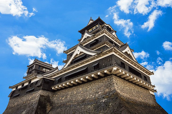 Fukuoka's Castle and Ancient Festivals