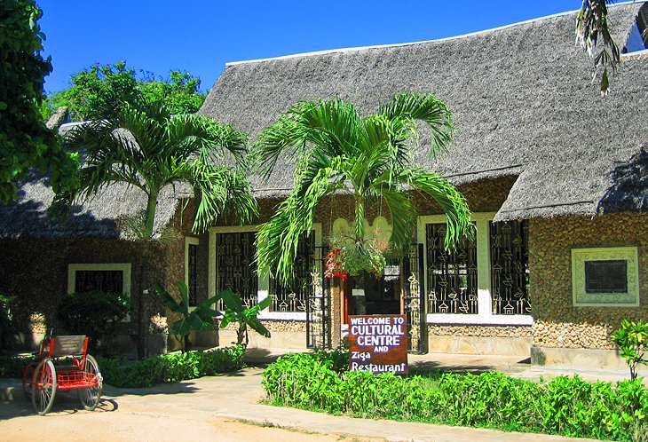 Bombolulu Workshops and Cultural Centre