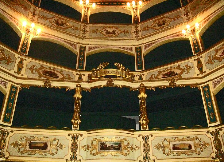 Manoel Theater: One of the Oldest Theaters in Europe