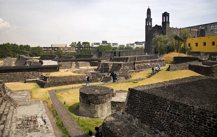 The Square of the Three Cultures and Santiago de Tlatelolco