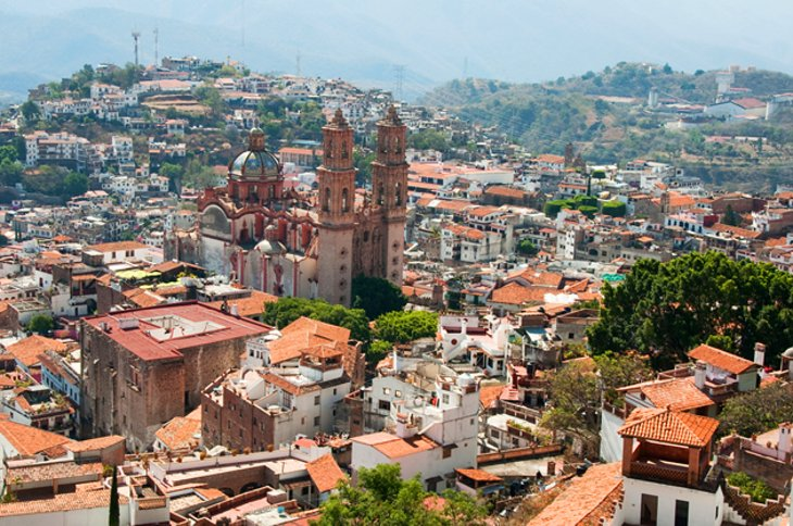 Taxco de Alarcon and the Santa Prisca Church