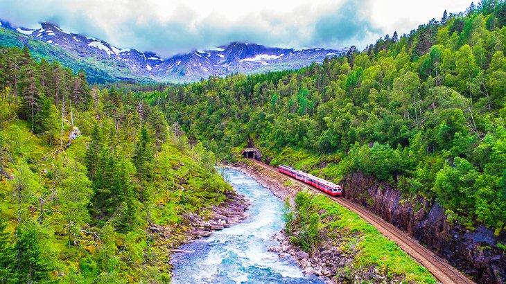 Ferrocarril escénico en Noruega