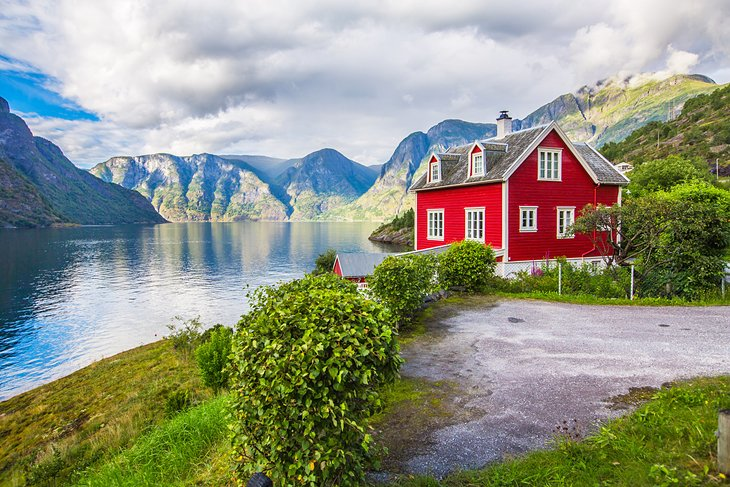 15 Top Rated Tourist Attractions in Norway | PlanetWare