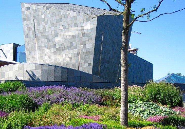 Art in Eindhoven: The Van Abbemuseum