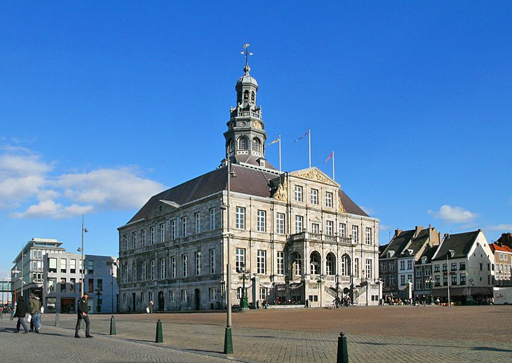 City Hall and Market Square