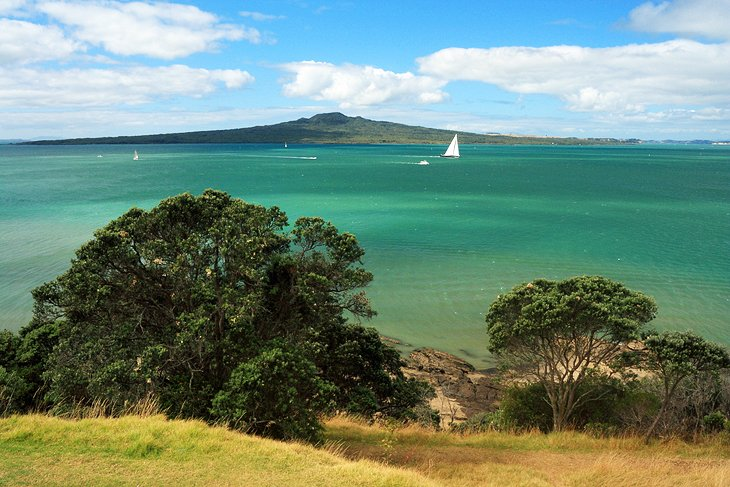 17 TopRated Tourist Attractions in Auckland PlanetWare