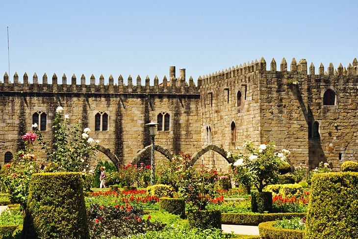 8 Top Tourist Attractions in Braga and Easy Day Trips – Santa Barbara Tourist Map