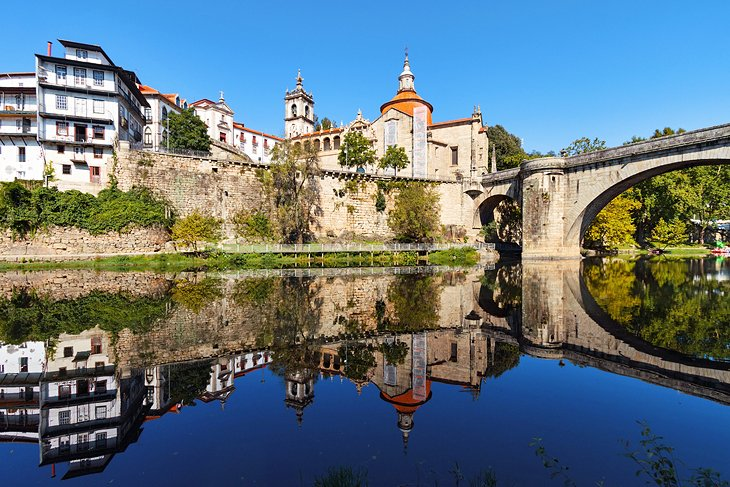 Oporto and Beyond: Rivers and Valleys