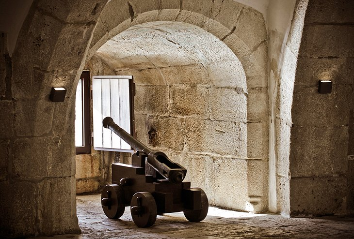 Visiting Torre de Belem: 7 Top Attractions, Tips & Tours | PlanetWare