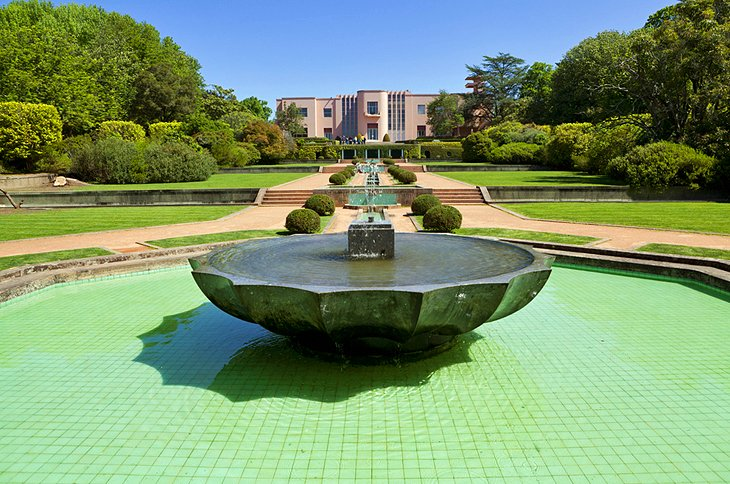 Fundação de Serralves Museu de Art Contemporânea (Contemporary Art Museum)