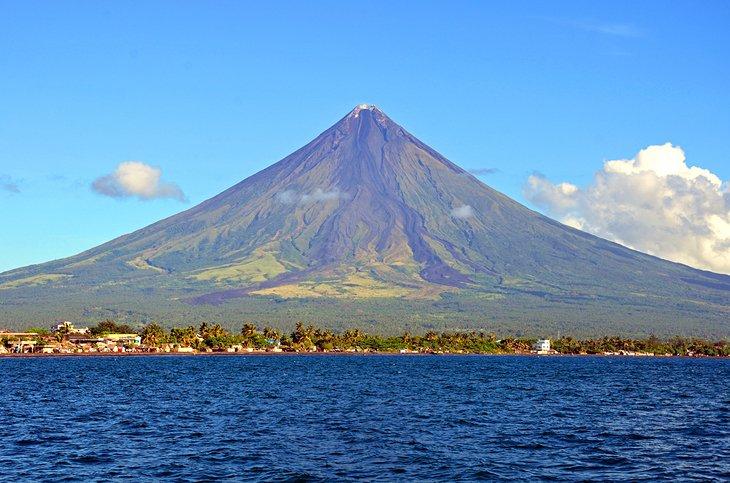 آتشفشان مایون آلبای فیلیپین