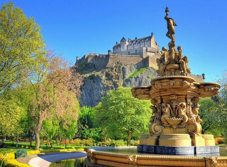 the main tourist destinations of edinburgh tourism essay This blog is meant for everybody who is interested in the teaching-learning of english for tourism.