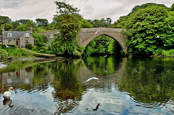Brig o'Balgownie: Scotland's Oldest Bridge